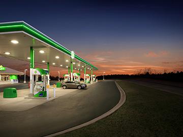 Iluminación en las gasolineras
