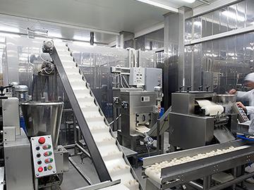 Hazloc Lighting in Food Processing and Storage Facilities
